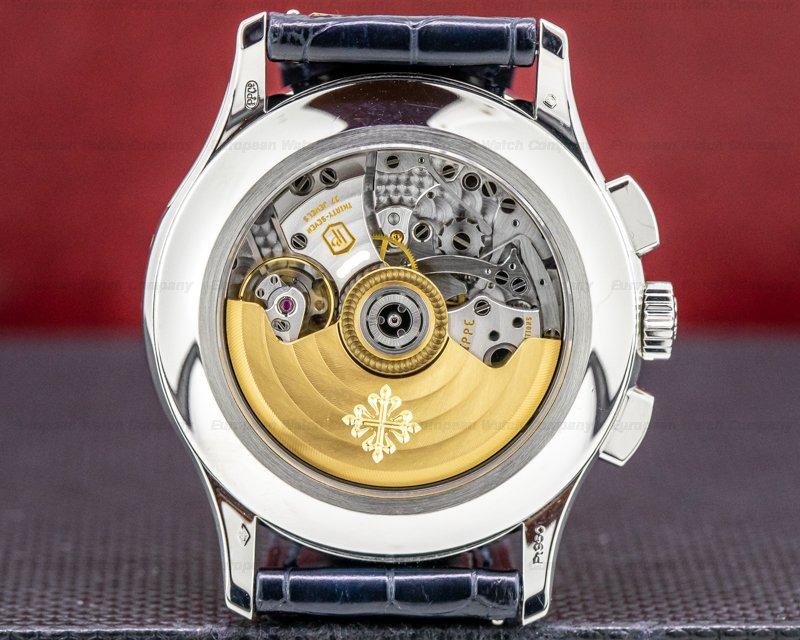 Patek Philippe 5905P-001 5905P Chronograph Annual Calendar Platinum / Blue Dial
