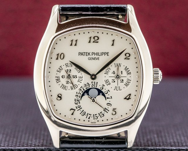Patek Philippe 5940G-001 Perpetual Calendar 18K White Gold Cushion Case FULL SET UNWORN