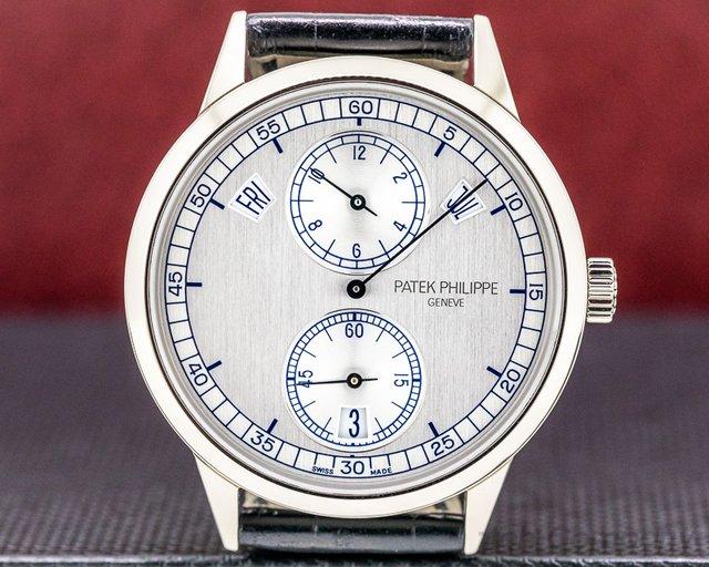 Patek Philippe 5235G-001 Annual Calendar 5235G Regulator 18K White Gold