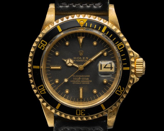 Rolex 1680 Submariner 1680 Black Nipple Dial 18K Yellow Gold