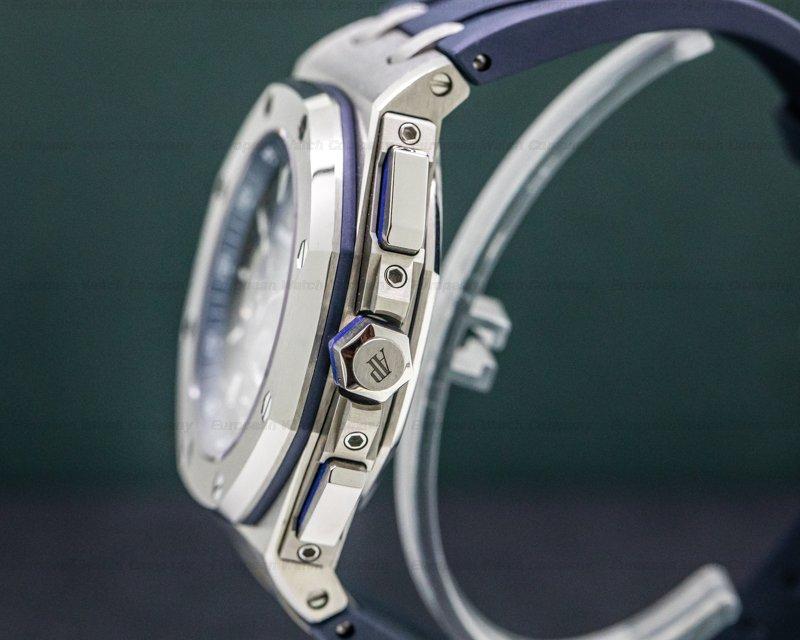 Audemars Piguet 26480TI.OO.A027CA.01 Royal Oak Offshore 26480TI Blue Dial 42mm Titanium