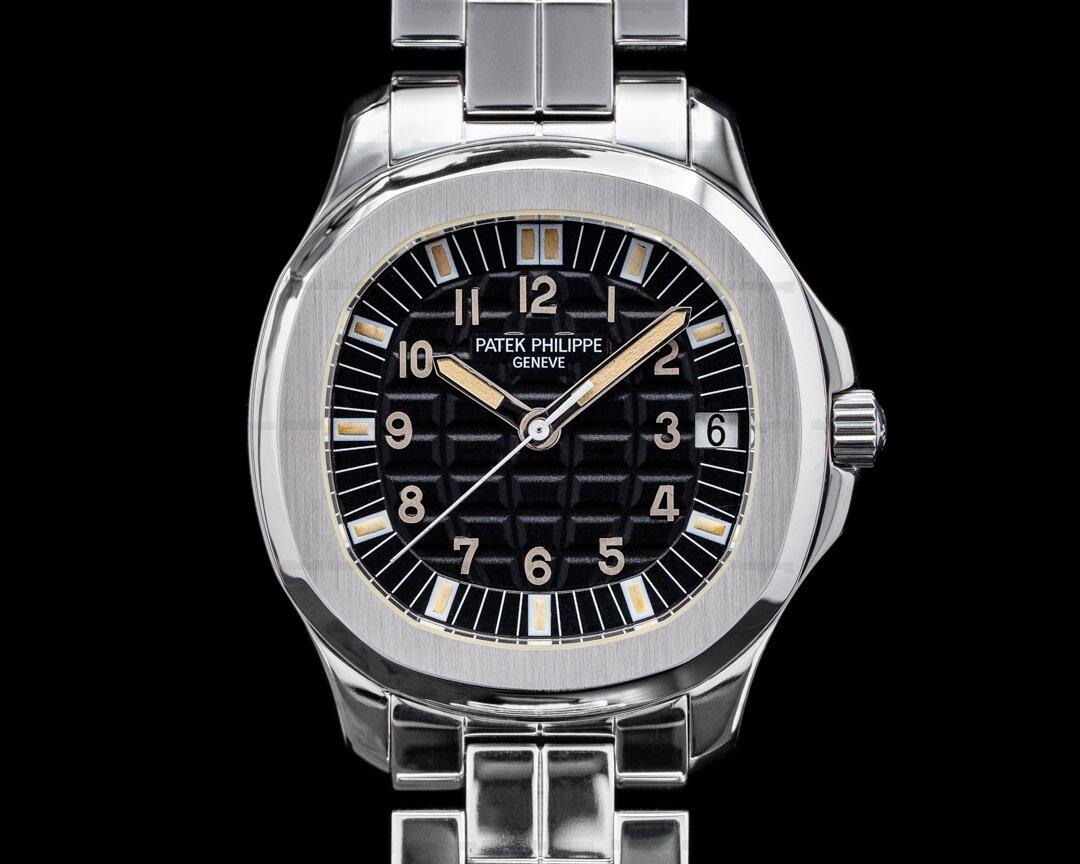 Patek Philippe Aquanaut Automatic 5065A Black Dial SS FULL SET Ref. 5065A-001