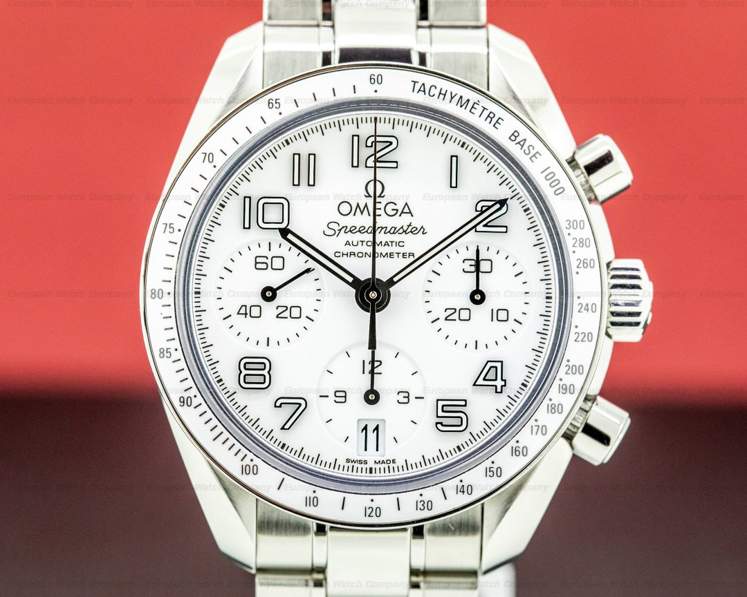 Omega Speedmaster Chronograph 38mm white ceramic Bezel SS / Bracelet Ref. 324.30.38.40.04.001