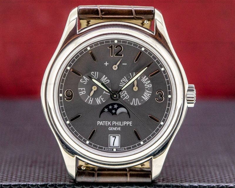 Patek Philippe Annual Calendar 5146G Grey Dial White Gold FULL SET Ref. 5146G-001