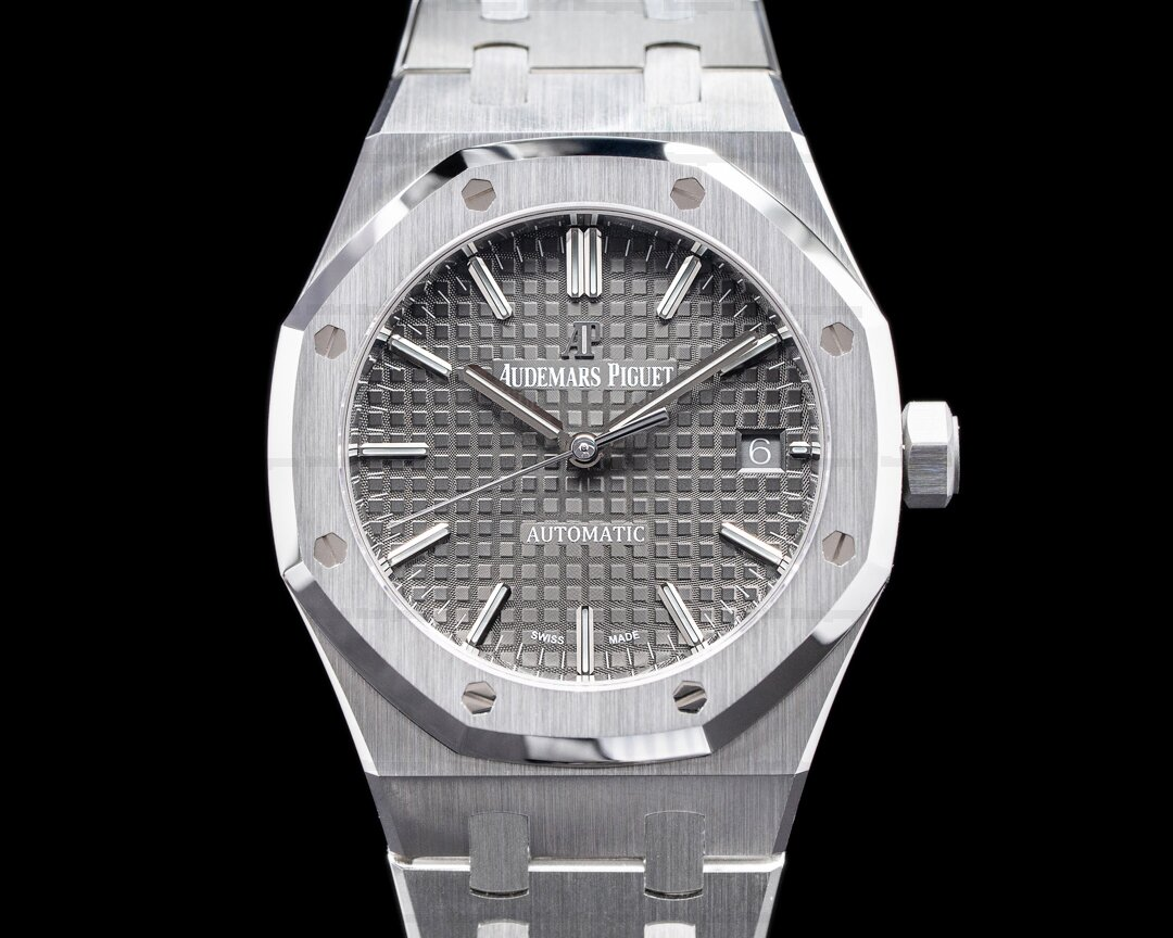 Audemars Piguet Royal Oak Gray Dial SS 37MM UNWORN Ref. 15450ST.OO.1256ST.02