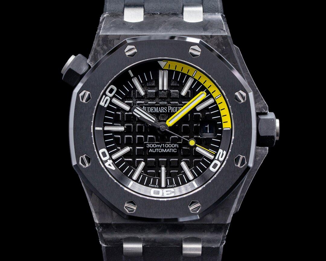 Audemars Piguet Royal Oak 15706AU Offshore Diver Carbon FULL SET Ref. 15706AU.OO.A002CA.01