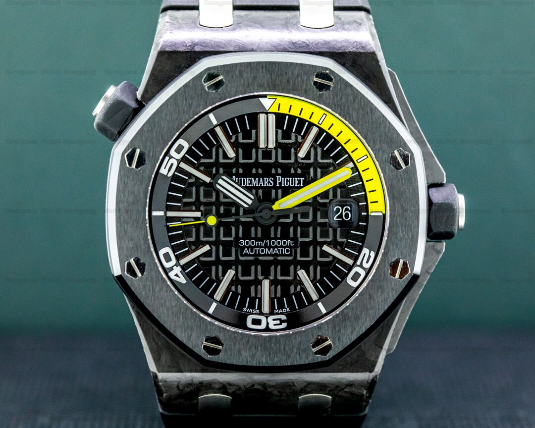 Audemars Piguet Royal Oak 15710ST Offshore Diver Carbon FULL SET Ref. 15706AU.OO.A002CA.01