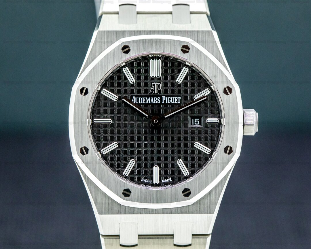 Audemars Piguet Royal Oak 33mm Black Dial SS Quartz UNWORN 2021 Ref. 67650st.oo.1261st.01