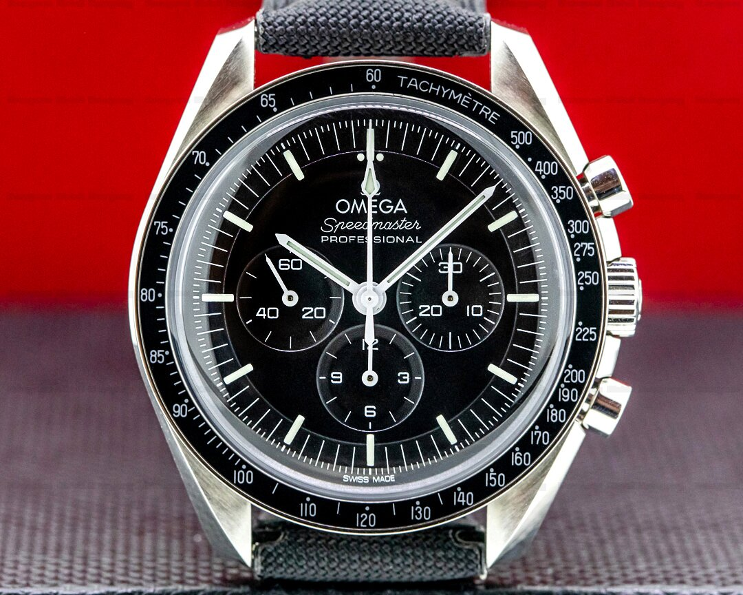 Omega Speedmaster Professional Black Dial NEW MODEL 2021 Ref. 310.32.42.50.01.001