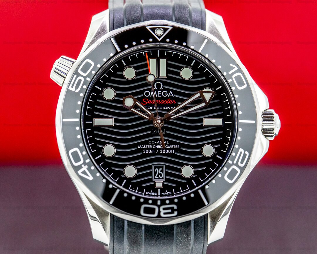 Omega Seamaster Diver 300M Co-Axial Master Chronometer 42MM UNWORN Ref. 210.32.42.20.01.001