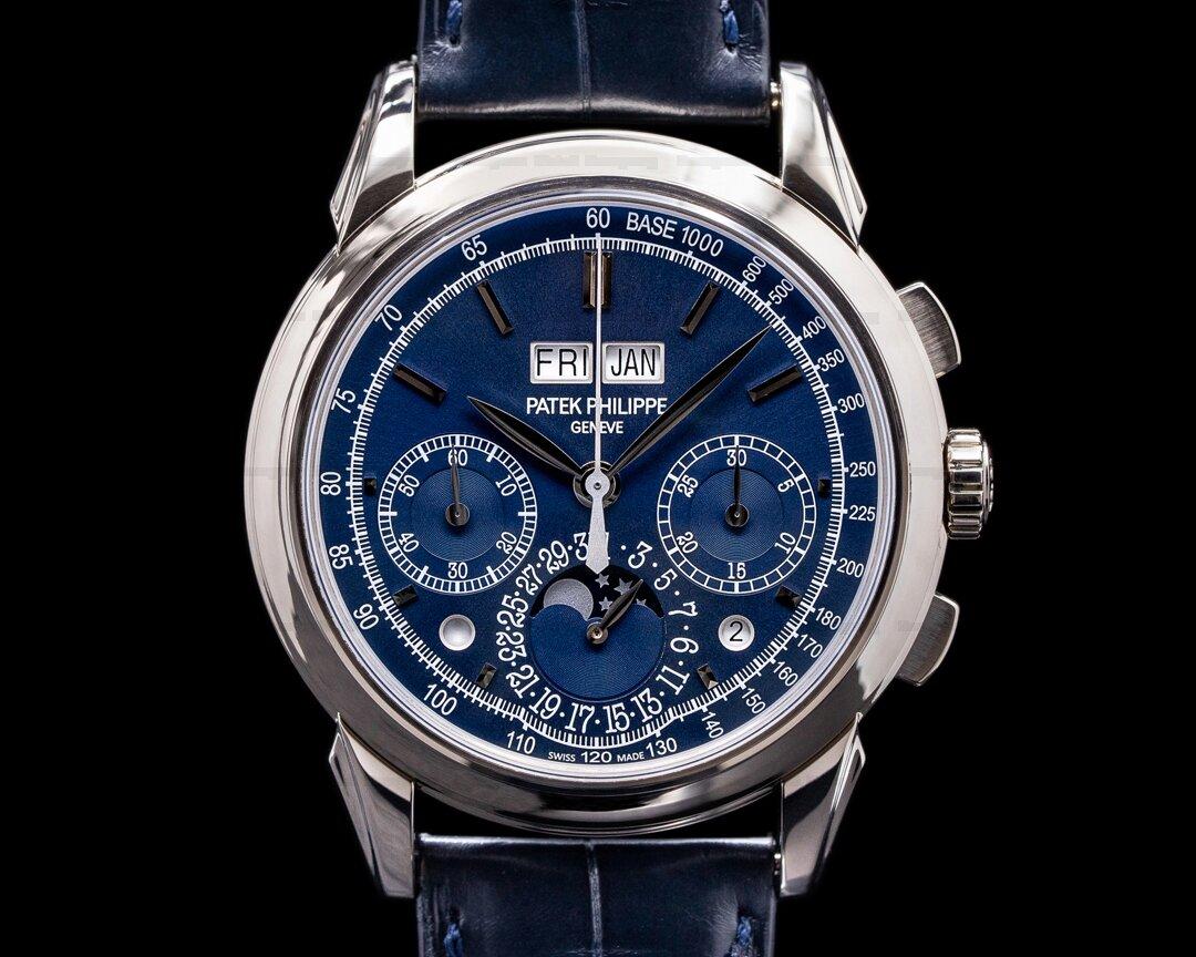 Patek Philippe Perpetual Calendar Chronograph 5270G CHIN BLUE DIAL RARE Ref. 5270G-014